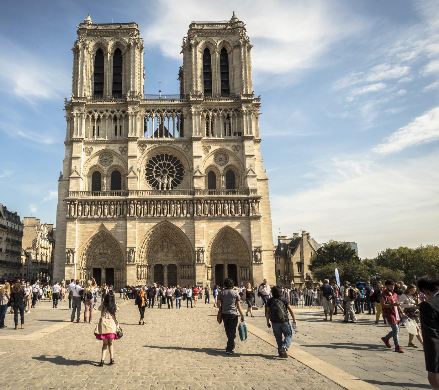 tour-Notre-Dame-de-Paris