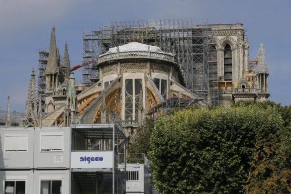 plomb à la cathedrale de paris après incendie