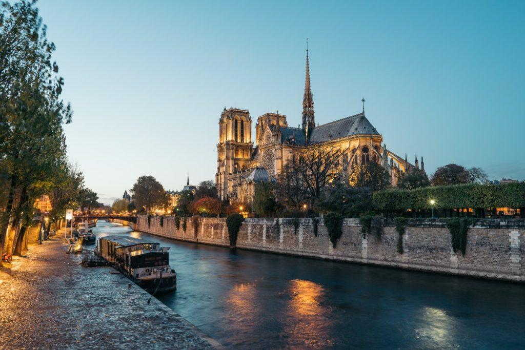 croisières sur la Seine avec les Bateaux Parisiens