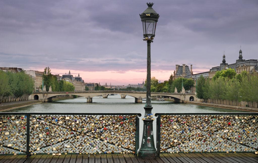 pont des Arts cadenas amoureux paris