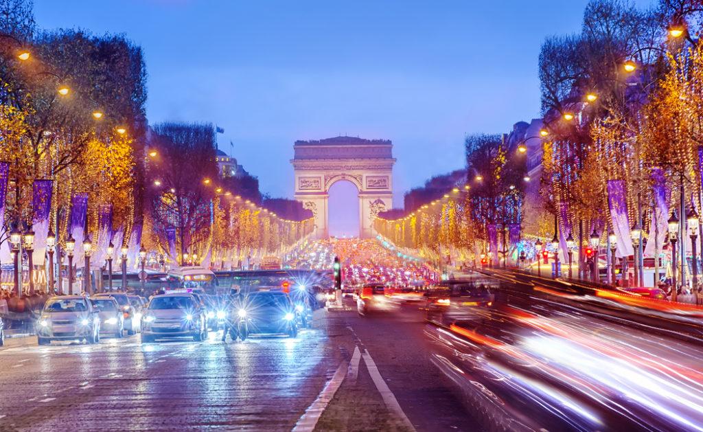 top des quartier à visiter à Paris - Quartier Champs Elysées