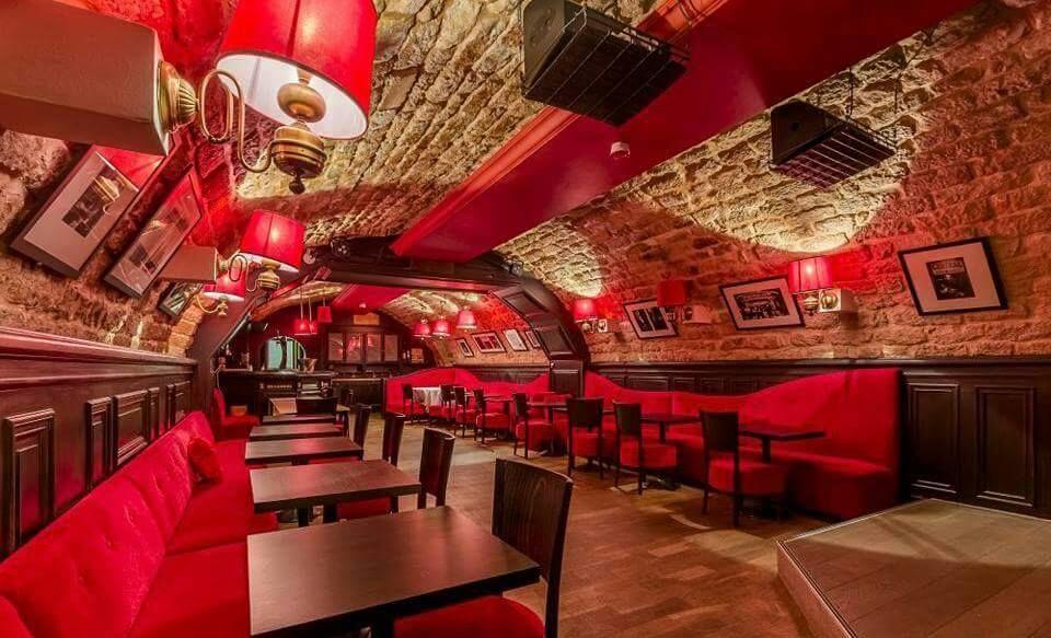 Sherwood pinao bar paris